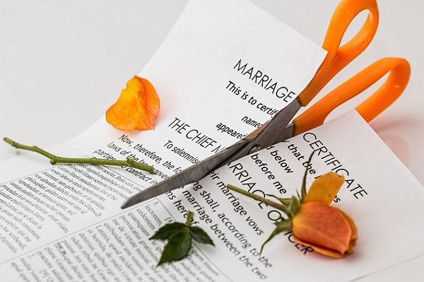 Jak skutecznie podzielić majątek po rozwodzie?